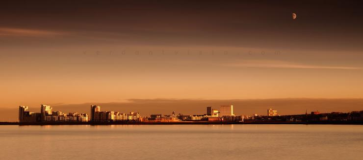 Mooning Newhaven